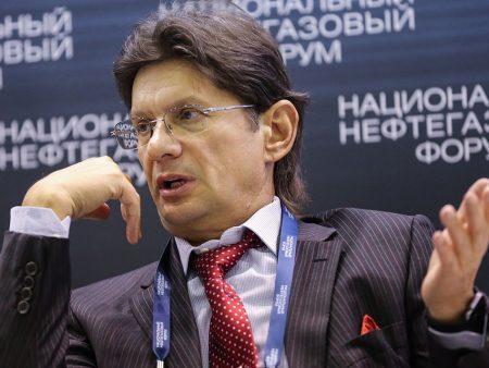 Леонид Федун: Для УЕФА нельзя завершать чемпионаты, они тогда теряют спонсоров