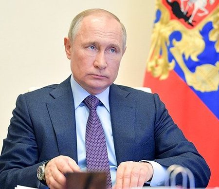 Путин выразил соболезнования родным погибших при стрельбе в казанской гимназии